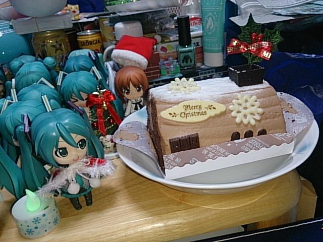 ミクさんの森の小さなおうちケーキ。