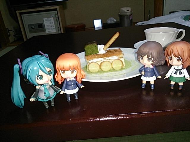 戦車ケーキでさおりん生誕祭。