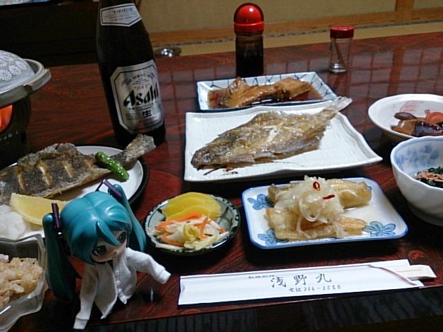 浅野丸さんの晩ごはん。
