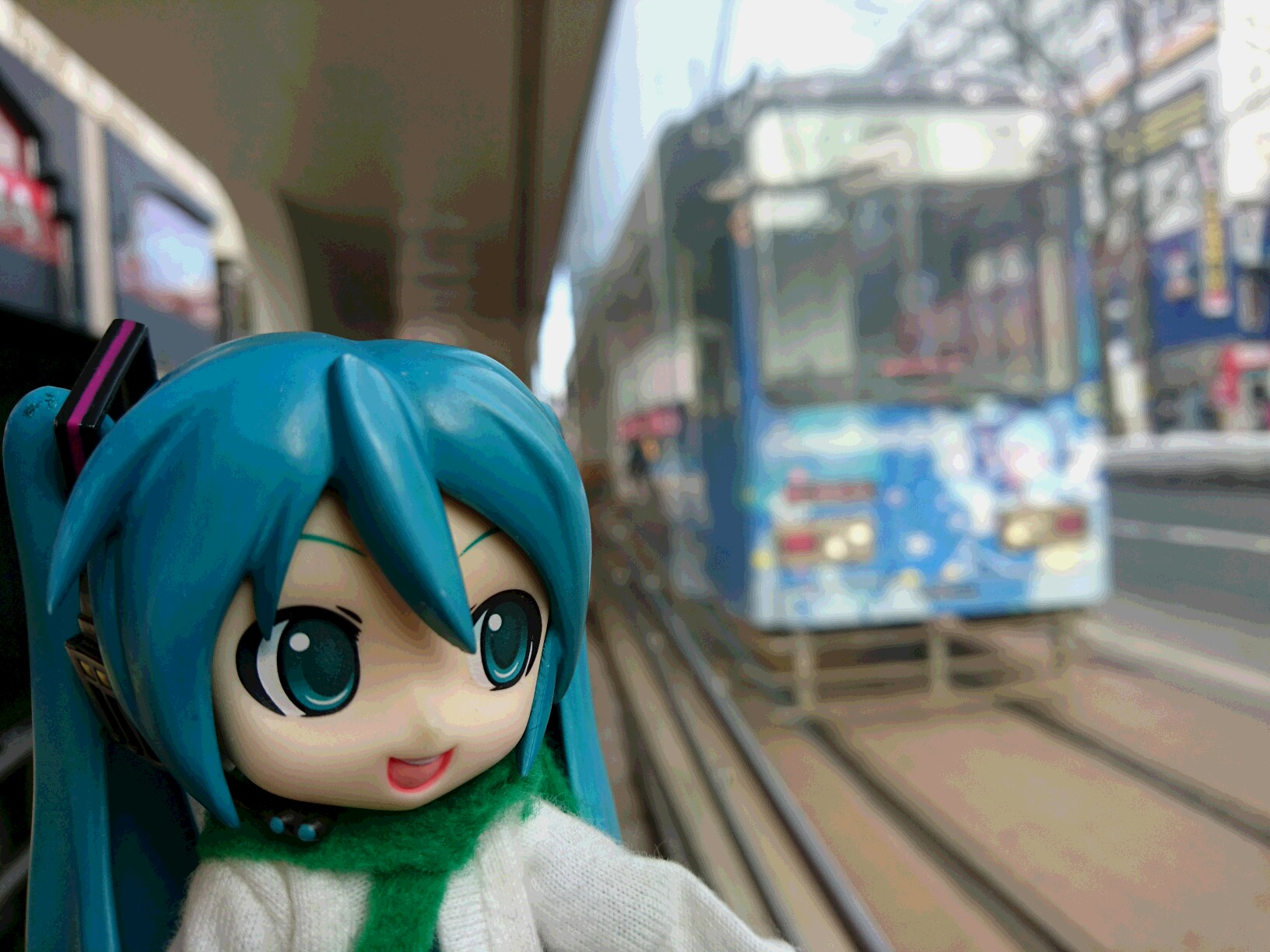 星の雪ミクさん電車。