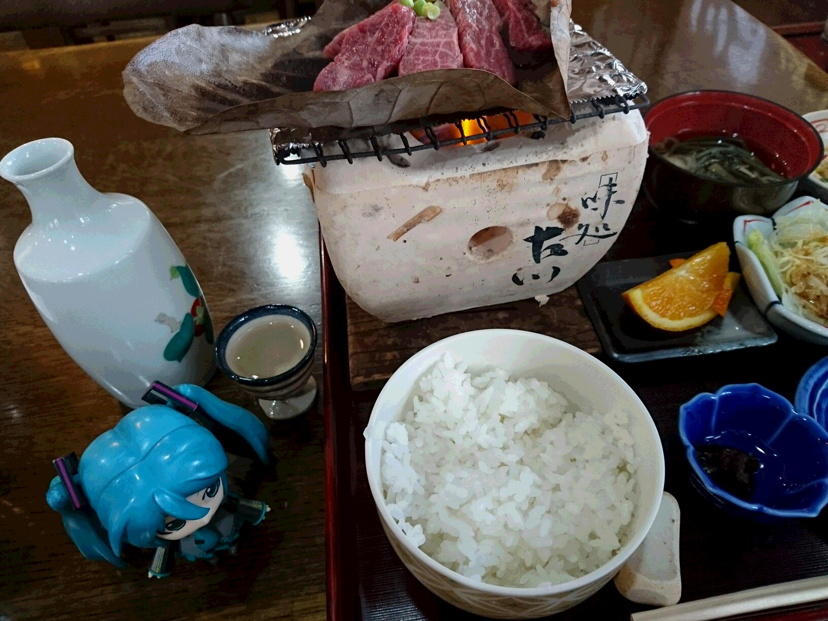 飛騨古川で朴葉味噌飛騨牛。