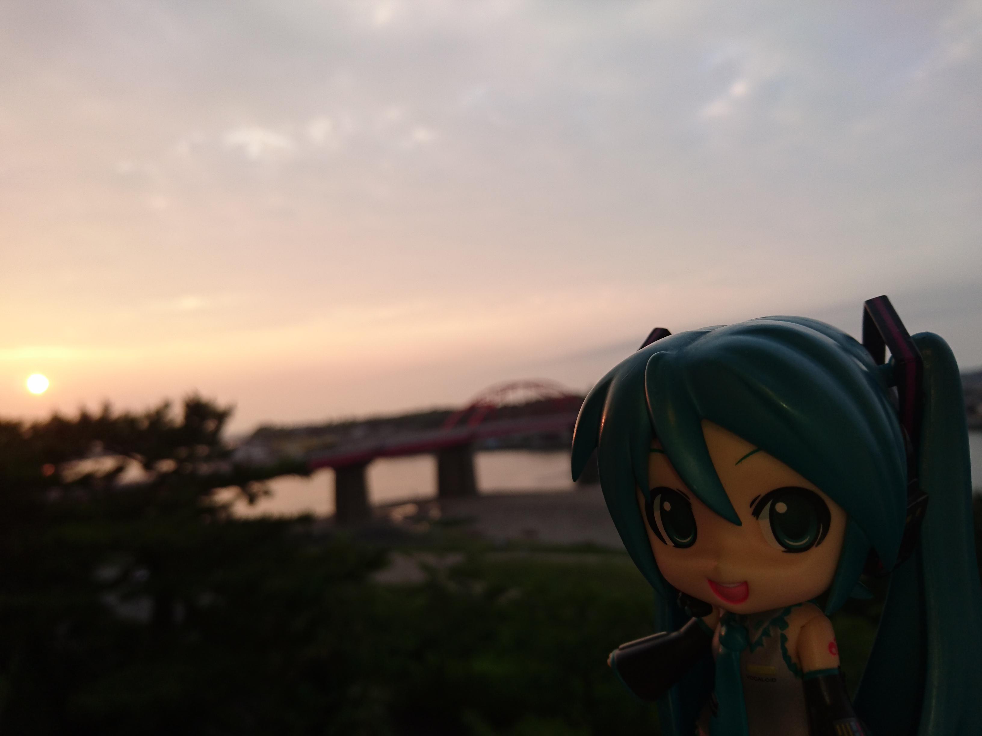 入船さんから海門橋と夕日。